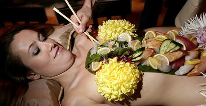 Body_sushi_Nyotaimori