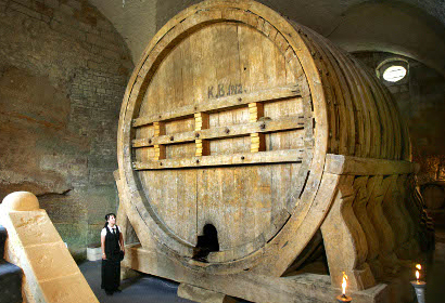 biggest wine barrel