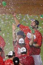 baseball champagne celebrat